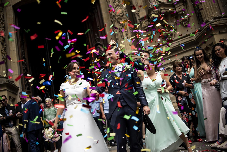 wedding boda donostia san sebastian gipuzkoa nineu parte vieja fotografo profesional hugo mañez love bride groom novia novio vestido planner weddingplanner